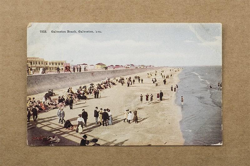 """Galveston Beach, Galveston, Tex."" Postcard (front of card)"