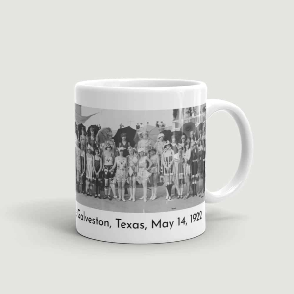 Bathing Girl Revue Mug (handle on right)