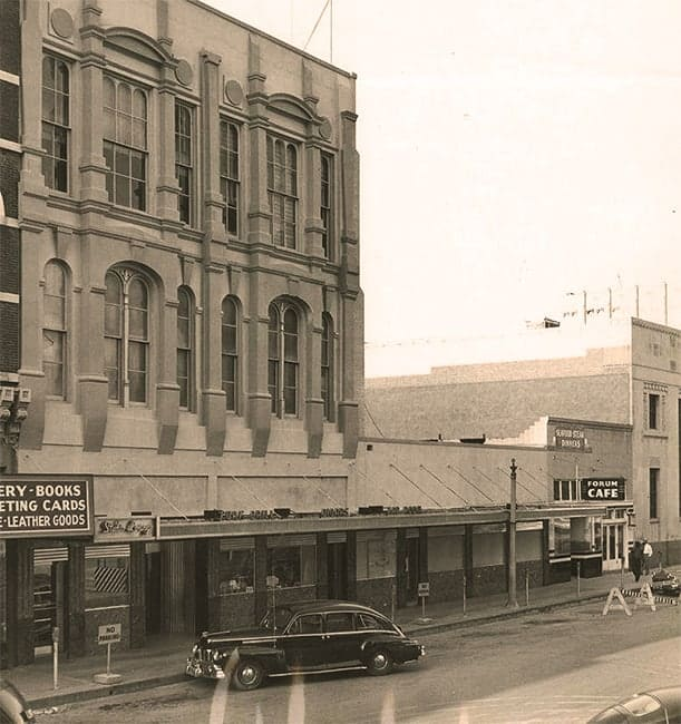 The Turf Athletic Club building on Market Street c. 1940